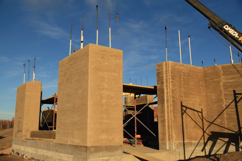 Building with Rammed Earth